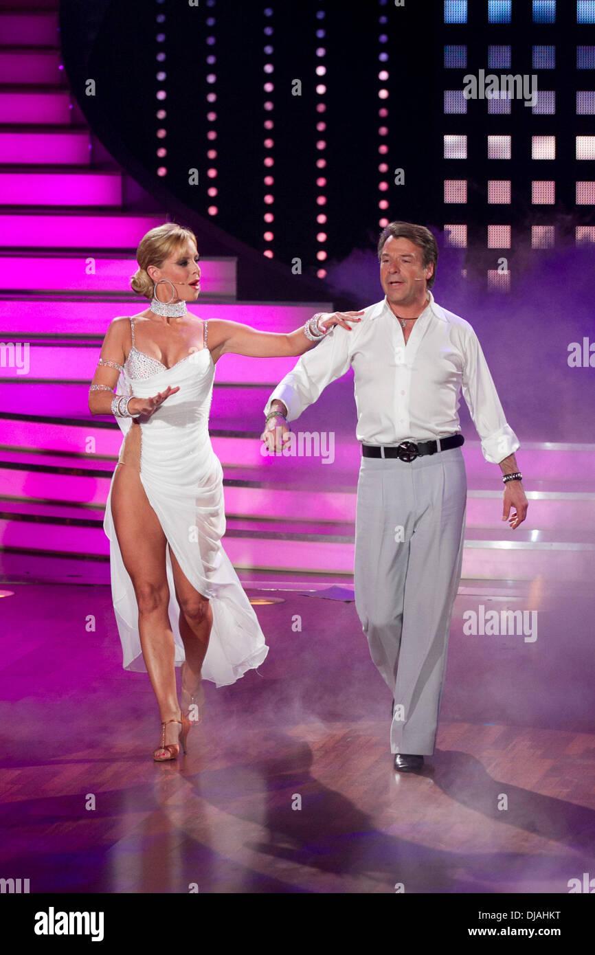 Isabel LetS Dance