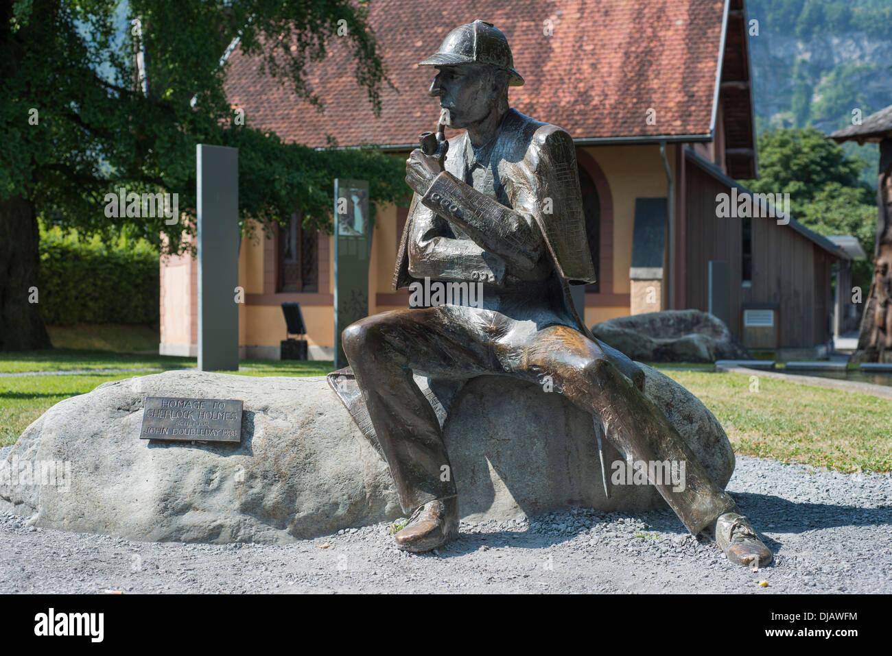 Bronze statue of Sherlock Holmes in the city center, Meiringen, Canton of Bern, Switzerland - Stock Image