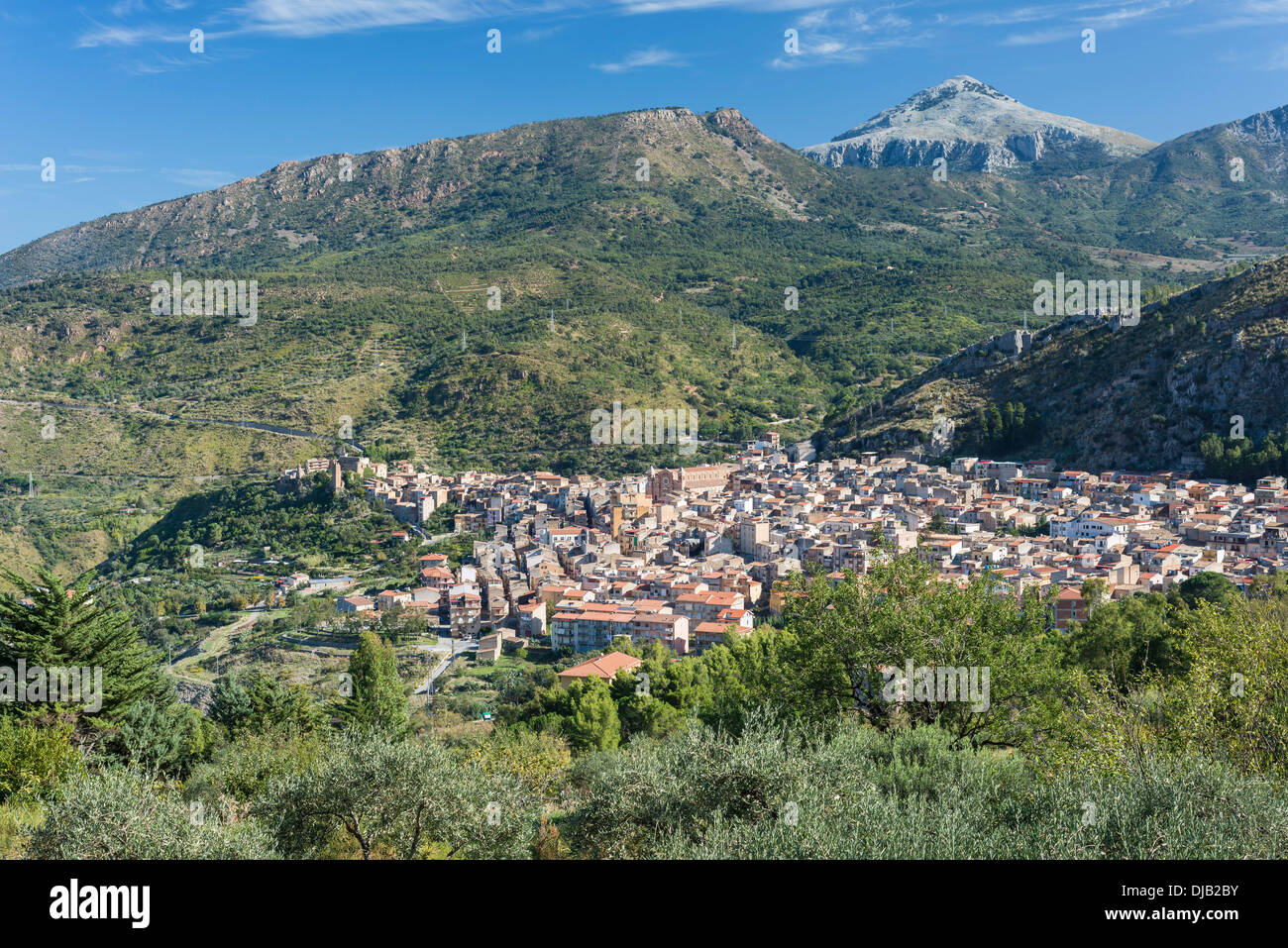 Madonie Mountains, Parco delle Madonie, Madonie Regional Natural Park, town of Collesano at front, Collesano, Sicily, Italy - Stock Image