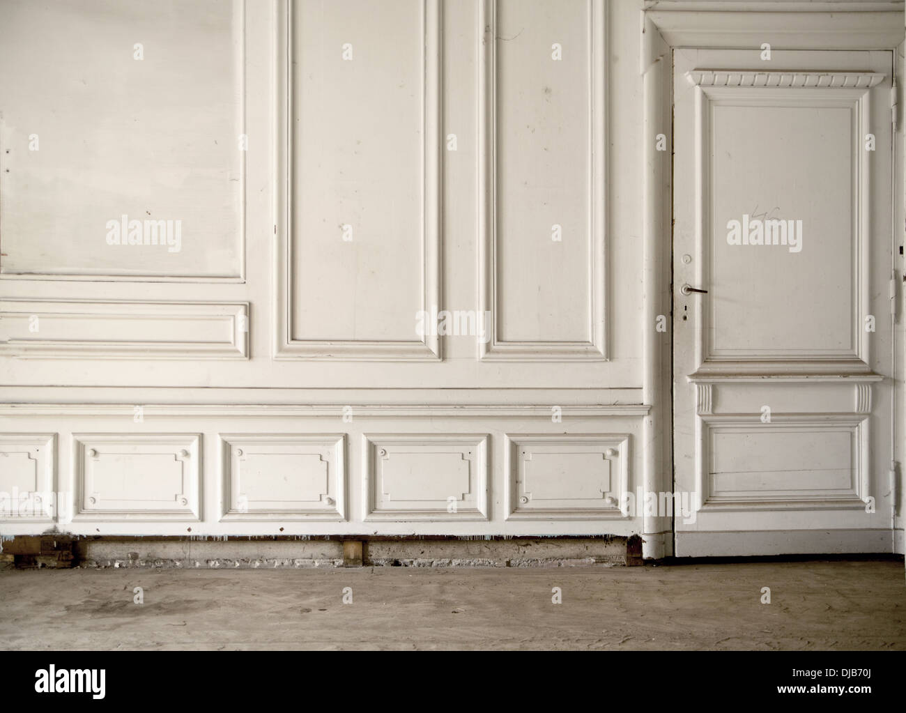 White wall in the bright ancient interior - Stock Image