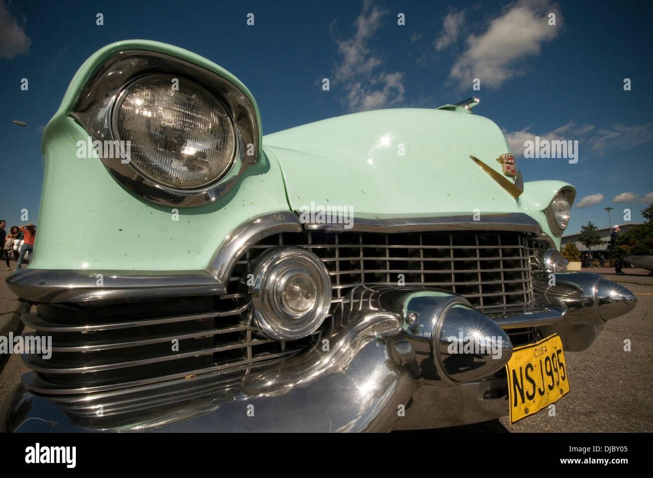 Cuba Cuban old car cars Cadillac American classic 1955 caddy number ...