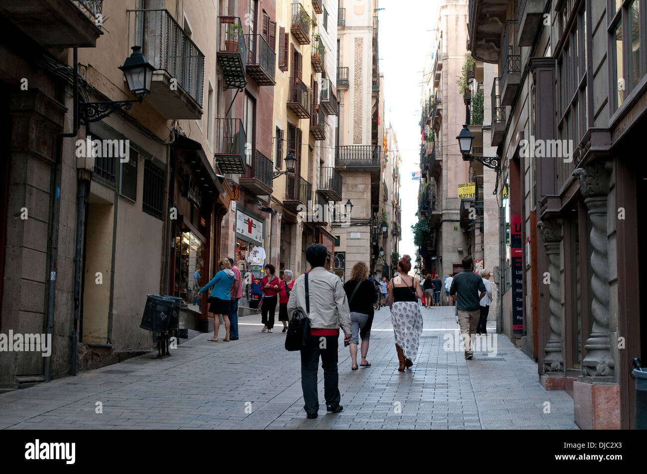 Pedestrianized street in the Old Town, Barcelona, Spain - Stock Image