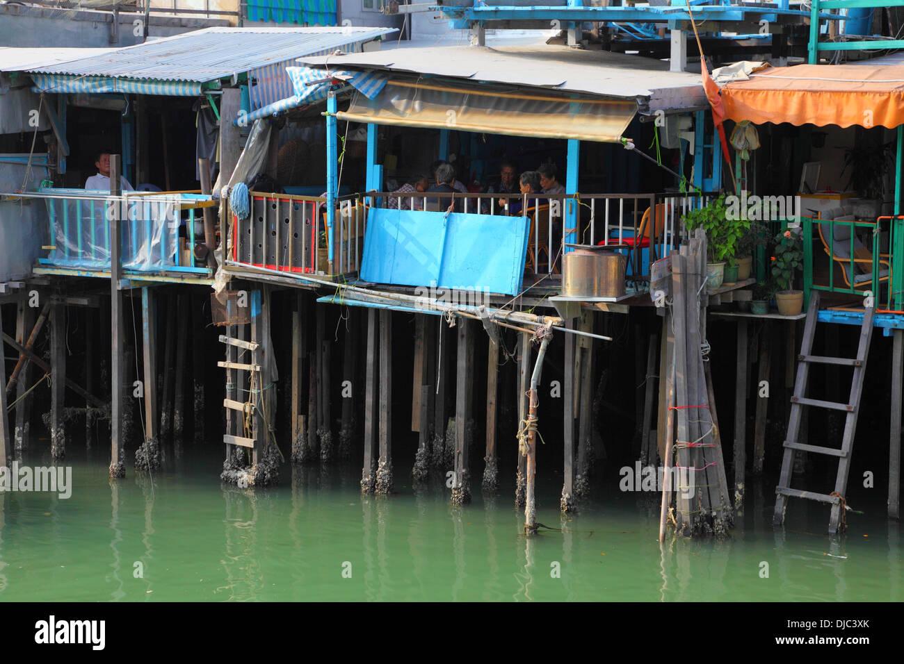 Stilt houses in chinese fishing village Tai O, Hong Kong - Stock Image
