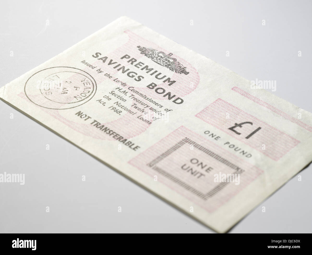 Original style £1 Premium Bond Certificates Stock Photo