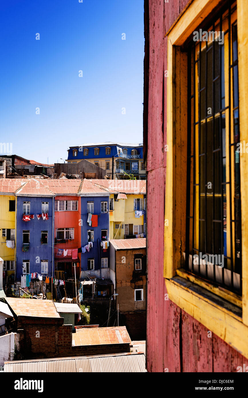 The iconic colourful architecture of Valparaiso, Chile. - Stock Image
