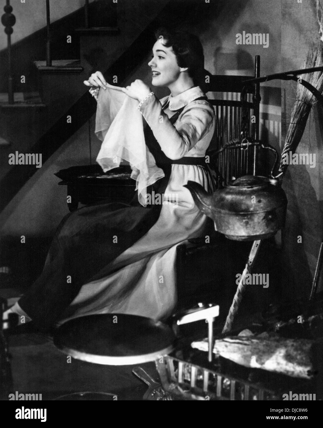 Julie Andrews on-set of the TV Movie, Cinderella, 1957 - Stock Image