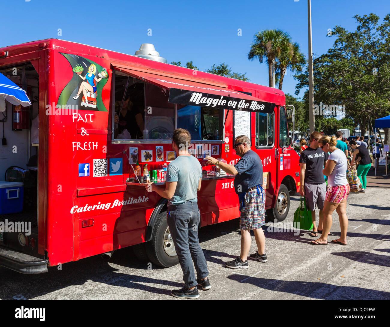 Fast food truck at the Saturday morning market, Progress Energy Park, St Petersburg, Florida, USA - Stock Image