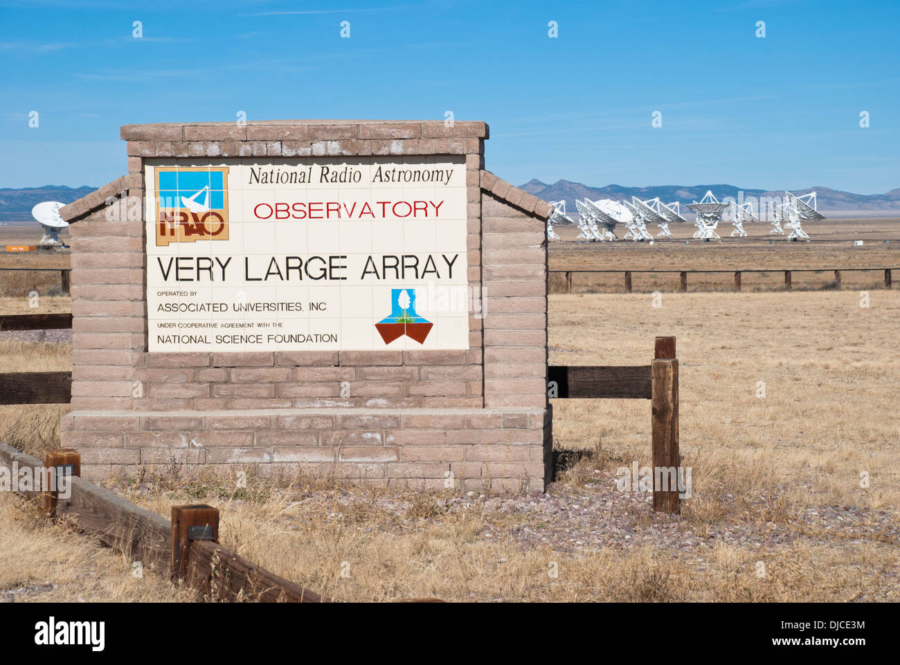 The Very Large Array Observatory is composed of 27 huge telescopes and situated on the Plains of San Agustin. Stock Photo