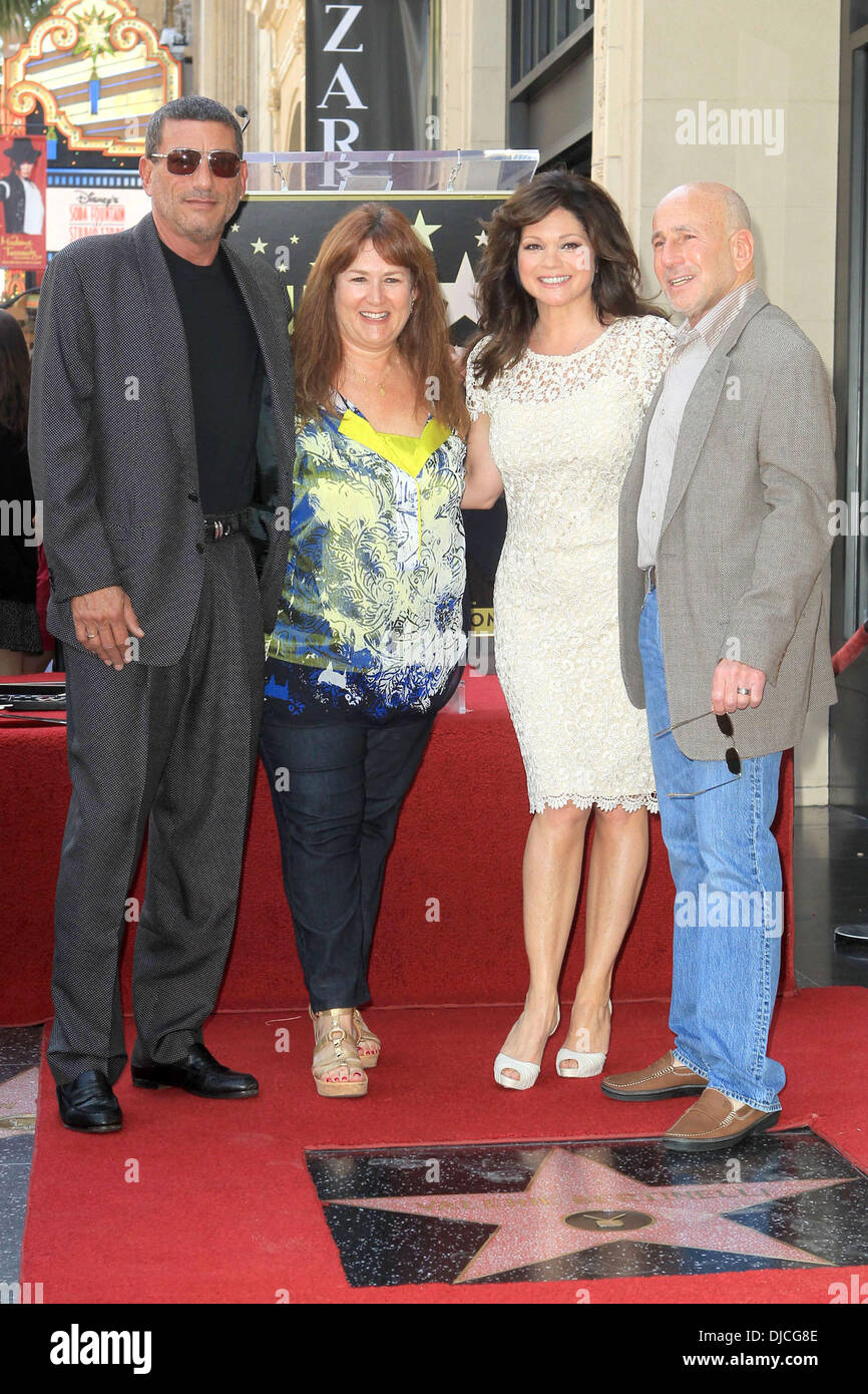 Valerie Bertinelli And Family Valerie Bertinelli Is Honored With The Stock Photo Alamy