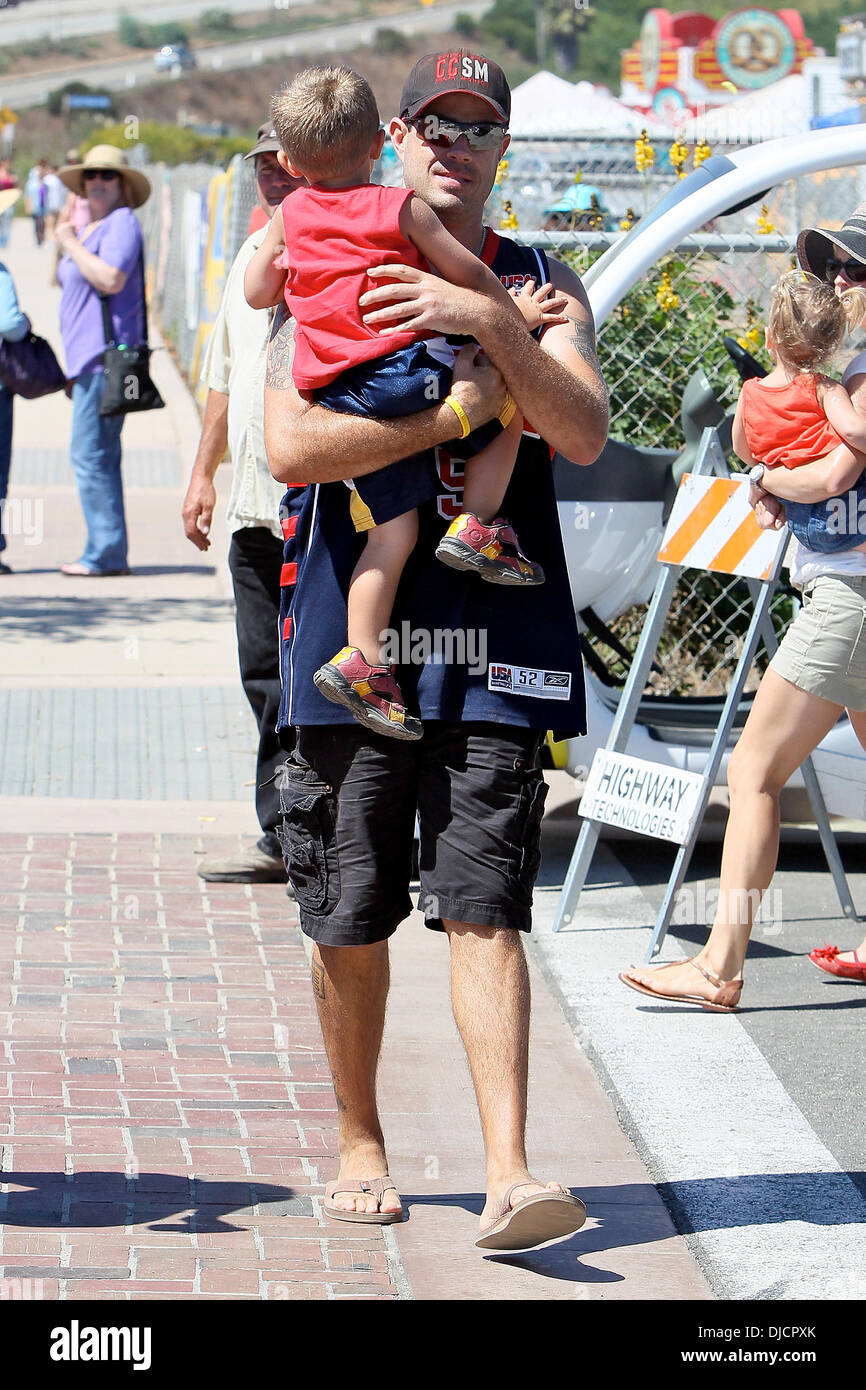 Carson Daly And Son Jackson James Daly Carson Daly Carrying His