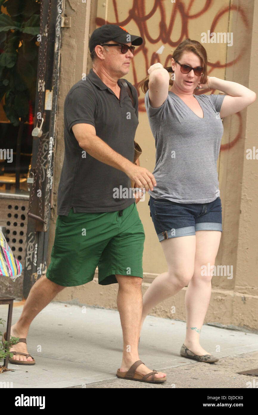 Actor Tom Hanks seen out and about with his son Chet and daughter Stock Photo: 62990228 - Alamy