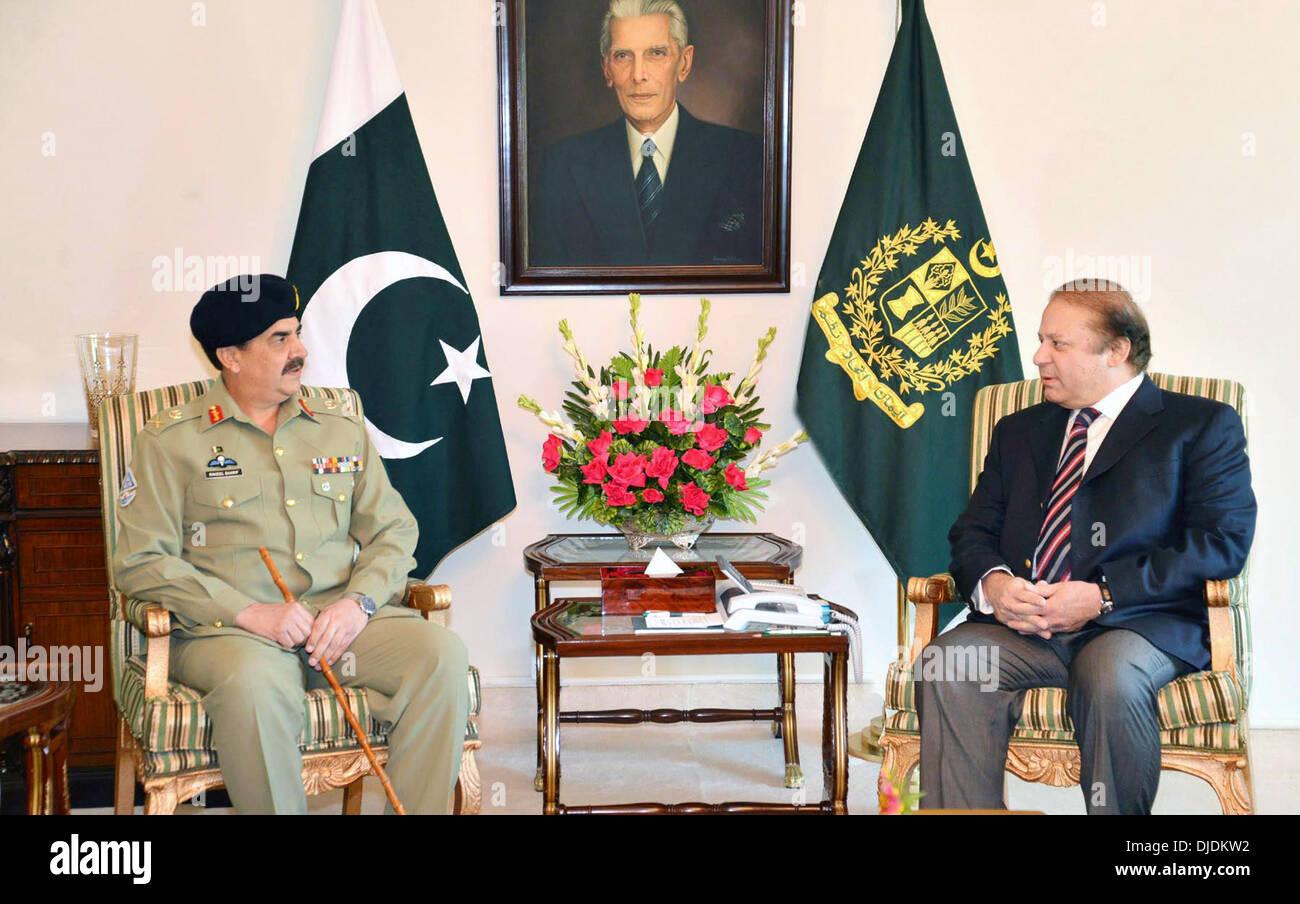 Nawaz Sharif And Raheel Sharif Stock Photos & Nawaz Sharif
