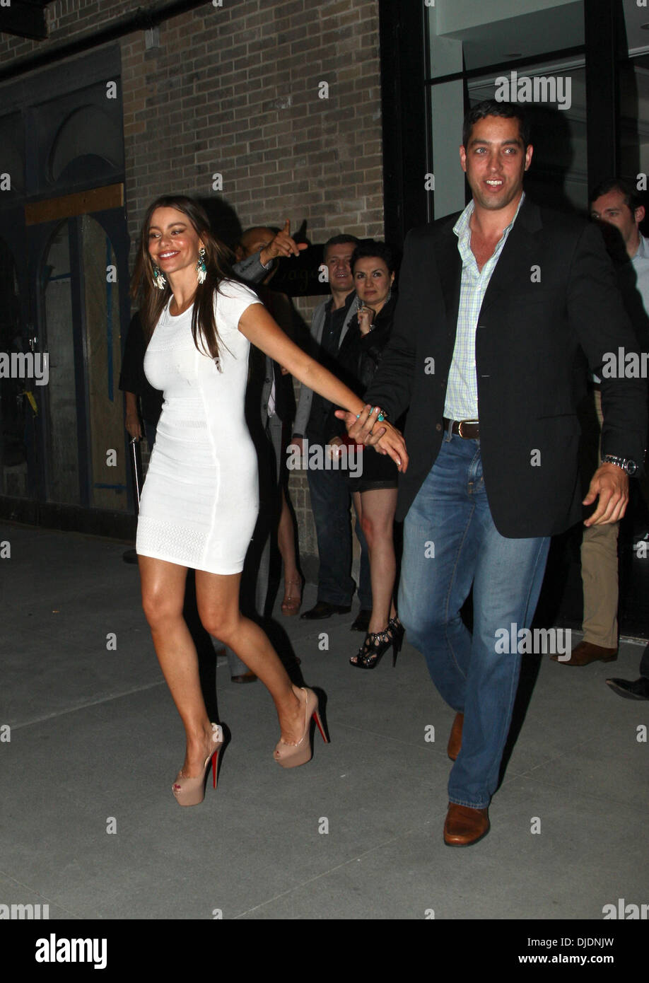 Sofia Vergara and Nick Loeb leaving the Bagatelle restaurant together in the Meatpacking District, Manhattan. New Stock Photo