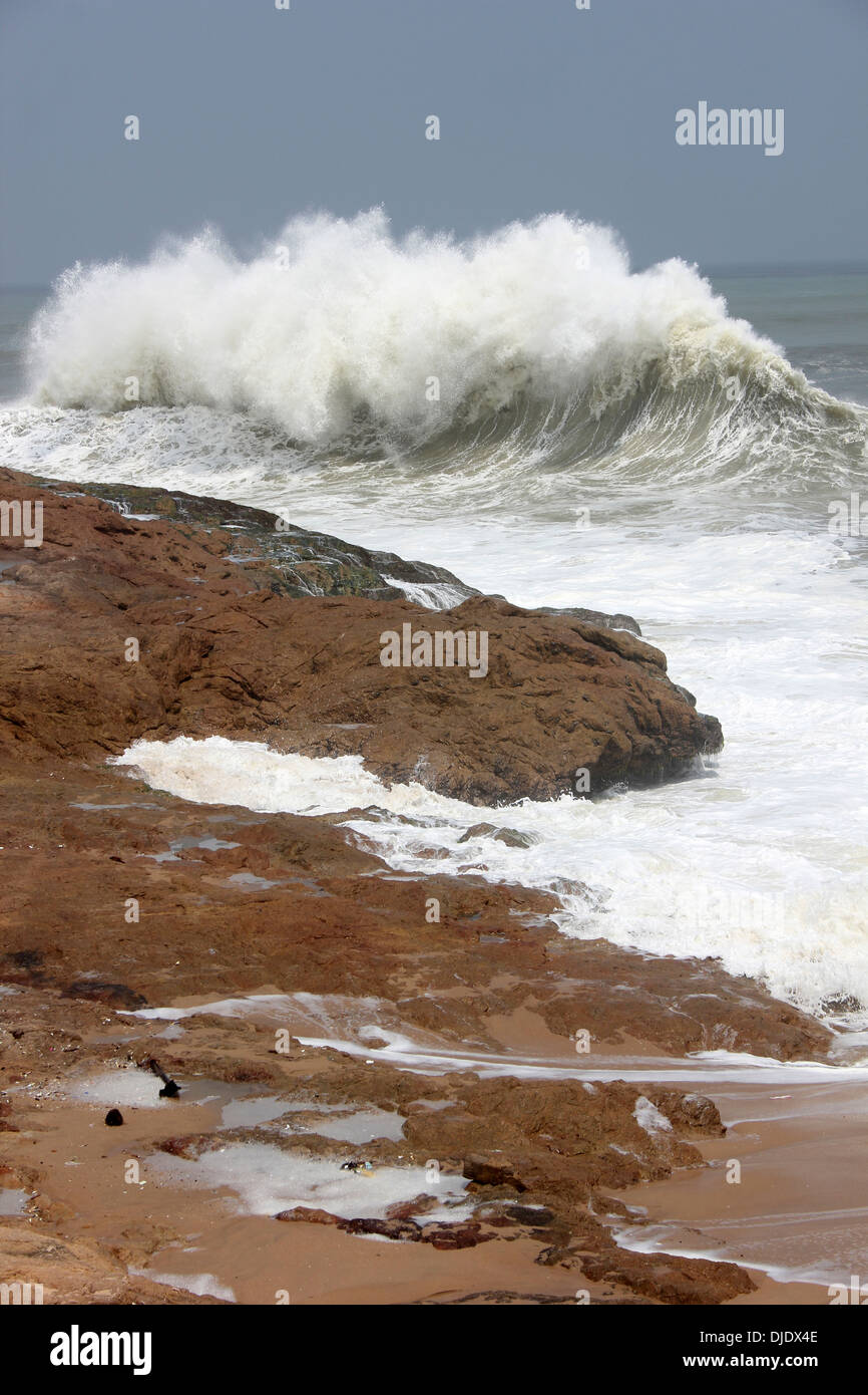 Crashing Waves Of The Atlantic Ocean at Cape Coast, Ghana - Stock Image