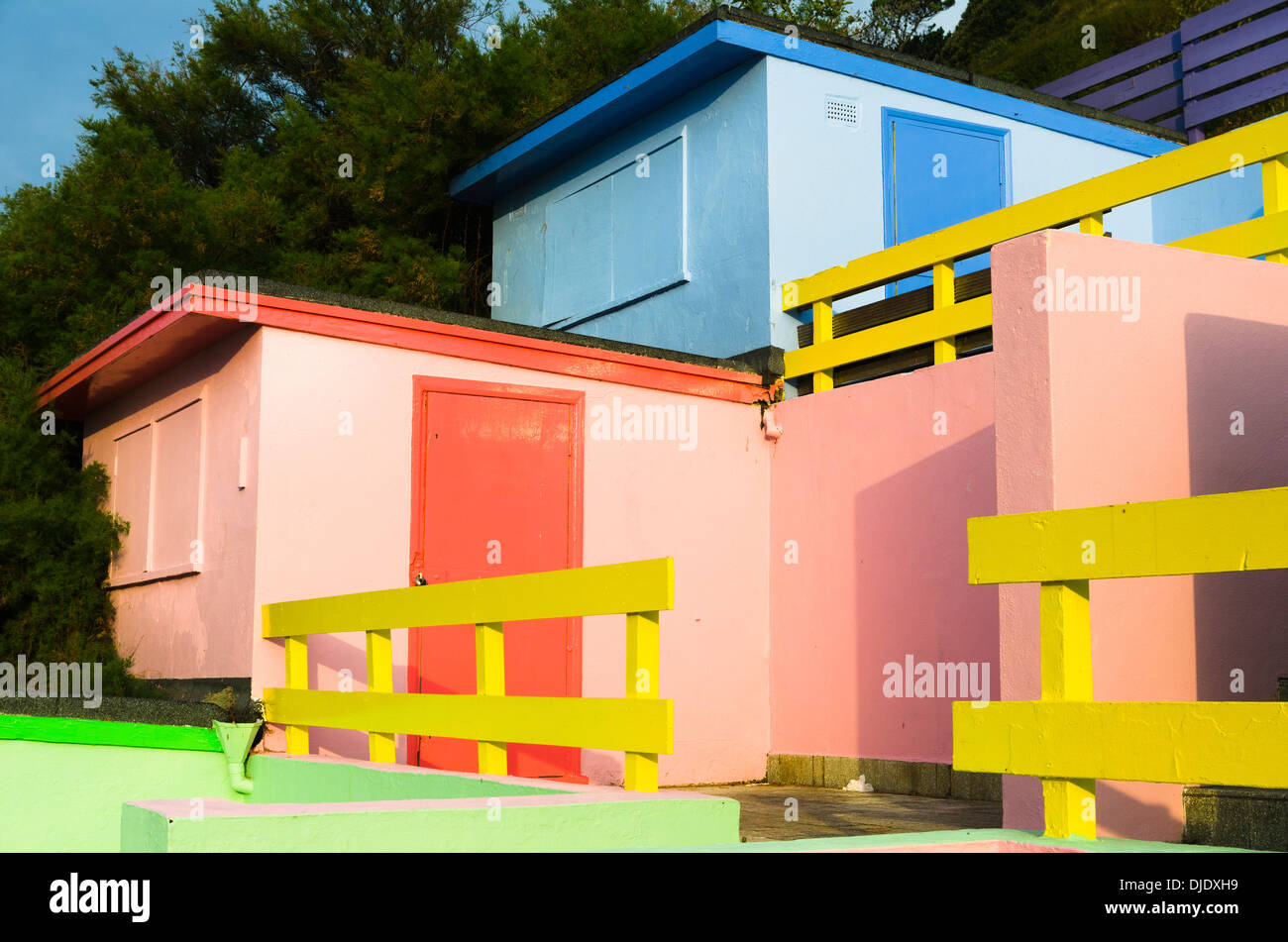 Colourful beach chalets - Stock Image