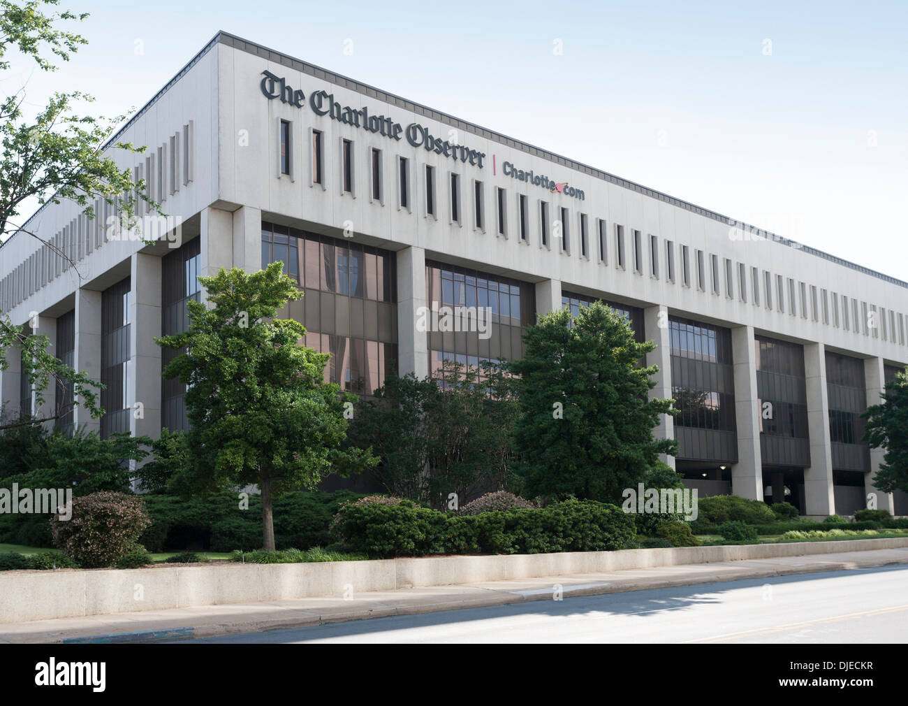 The Charlotte Observer newspaper building in downtown Charlotte, South Carolina, USA - Stock Image