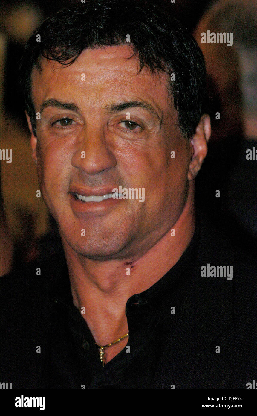 Oct 16, 2004; Commerce, CA, USA; Actor SYLVESTER STALLONE at The 25th Annual World Boxing Hall of Fame Banquet held at The Commerce Casino. - Stock Image
