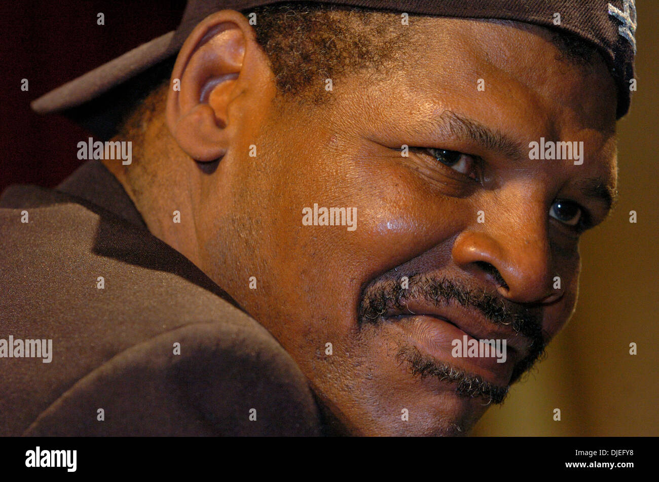 Oct 16, 2004; Commerce, CA, USA; Former Heavyweight Champion LEON SPINKS at The 25th Annual World Boxing Hall of Fame Banquet held at The Commerce Casino. - Stock Image