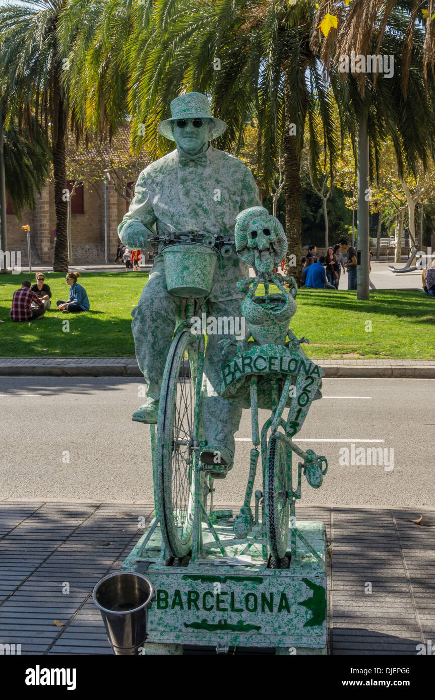 Street Artist at the Ramblas, Barcelona, Spain - Stock Image