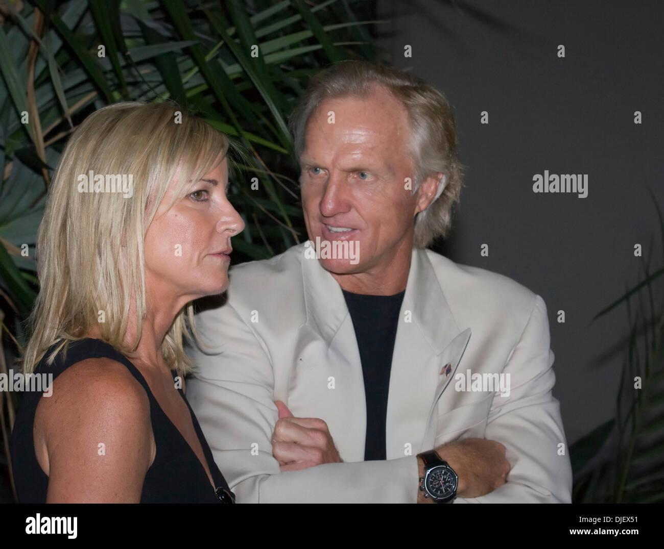 Nov 02 2007 Boca Raton Florida Usa Greg Norman And Chris Evert Stock Photo Alamy