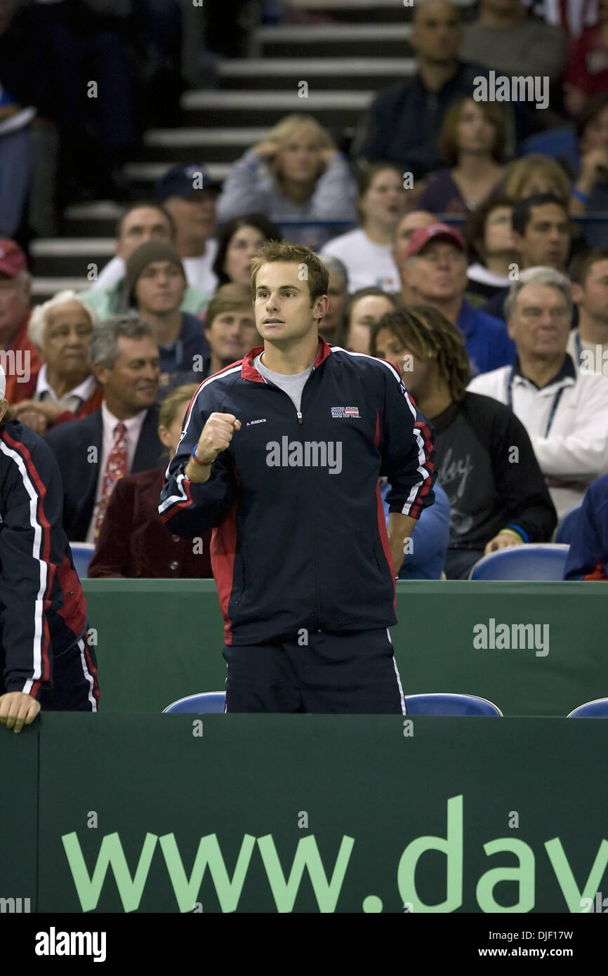 Dec 01, 2007 - Portland, Oregon, USA - ANDY RODDICK cheers on the Bryan brothers during their doubles match that won the US the Davis Cup title. The United States won its first Davis Cup title since 1995 behind a convincing doubles victory Saturday by the Bryan brothers who cruised to a 7-6 (4), 6-4, 6-2 win over Russia's Nikolay Davydenko and Igor Andreev on the indoor hard court  Stock Photo
