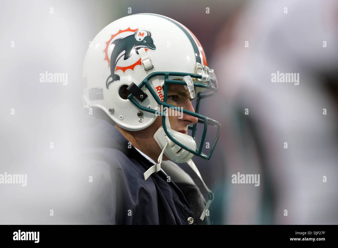 Dec 09, 2007 - Buffalo, New York, USA - Dolphins JOHN BECK watches from the sidelines as Cleo Lemon takes over in Stock Photo