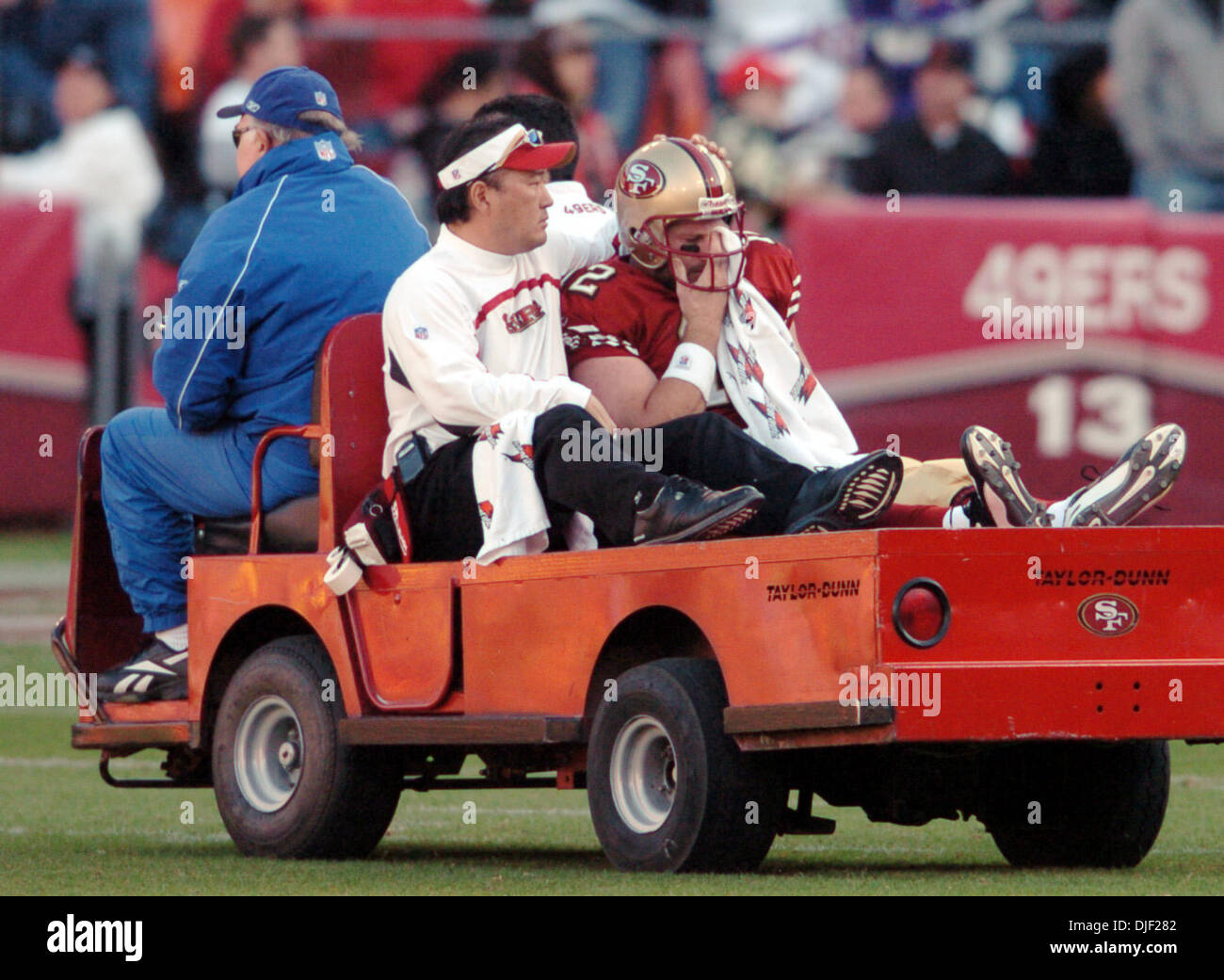 December 9th, 2007 - San Francisco, California, USA - 49er QB Trent Dilfer is driven off the field with a possible concussion at half-time during their game Sunday Dec. 9, 2007, at Monster Park in San Francisco, Calif.   The Vikings won the game 27-7.  (Credit Image: © Bob Pepping/Contra Costa Times/ZUMA Press) - Stock Image