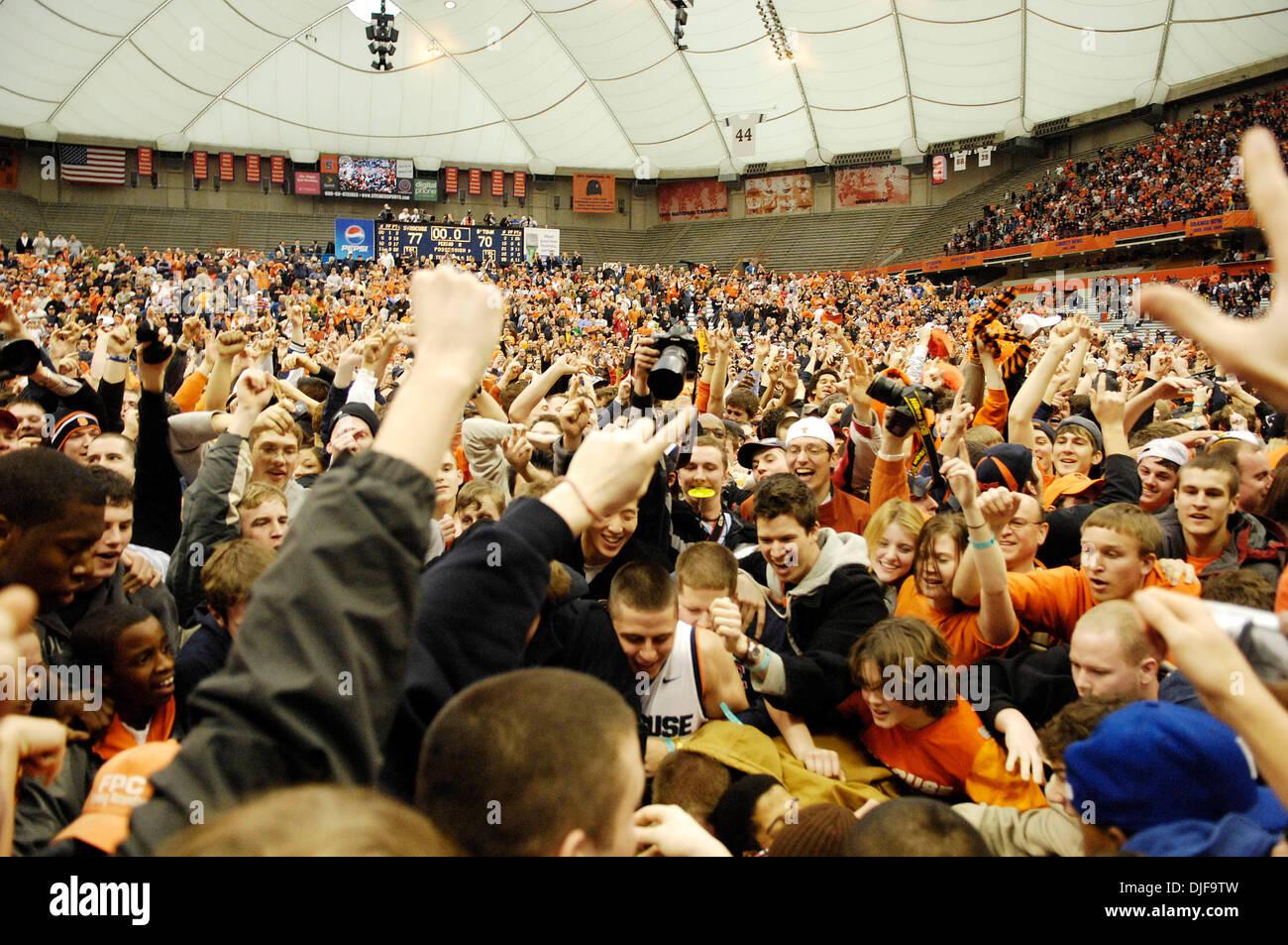 Syracuse University Basketball Fans Stock Photos Syracuse