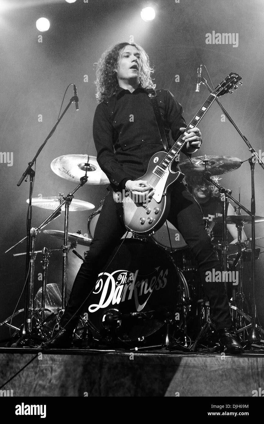 Dan Hawkins The Darkness live at Thebarton Theatre Adelaide, Australia - 17-05-12 , - Stock Image