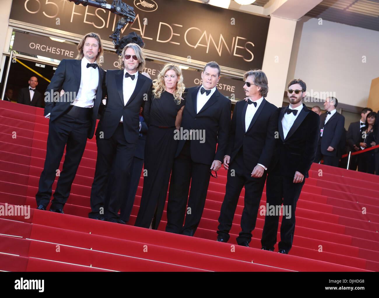 Brad Pitt director Andrew Dominik Dede Gardner Ray Liotta Ben Mendelsohn and Scoot McNairy 'Killing Them Softly' premiere - Stock Image