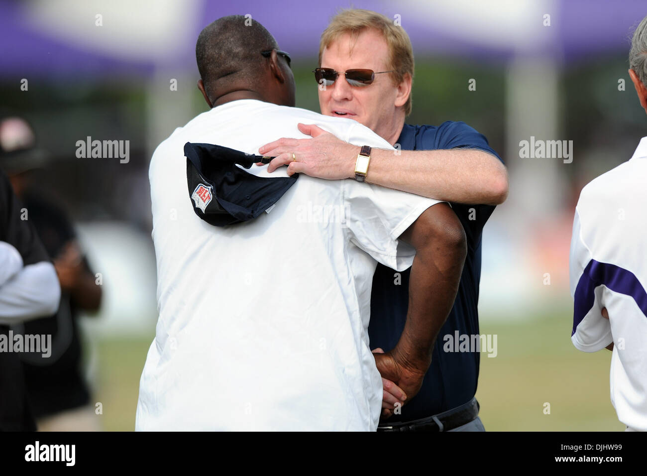 Aug. 04, 2010 - Westminster, Maryland, United States of America - 04 August 2010: NFL commissioner Roger Goodell greats Ravens general manager Ozzie Newsome during Ravens training camp at McDaniel College in Westminster, MD...Mandatory Credit: Russell Tracy / Southcreek Global (Credit Image: © Southcreek Global/ZUMApress.com) - Stock Image