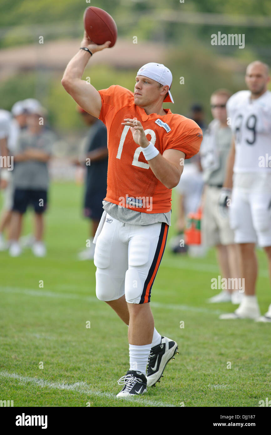 d6bca894fbf119 Chicago Bears quarterback Caleb Hanie (12) throws a pass during the Bears  training camp practice at Olivet Nazarene University in Bourbonnais, IL.