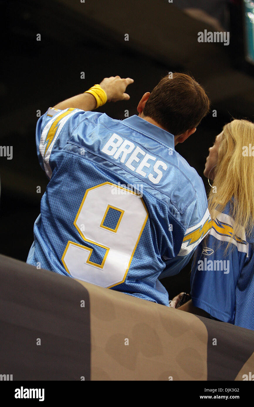 low priced 73cbe 1d16c Aug 21, 2010: A fan with an old Drew Brees Jersey from his ...