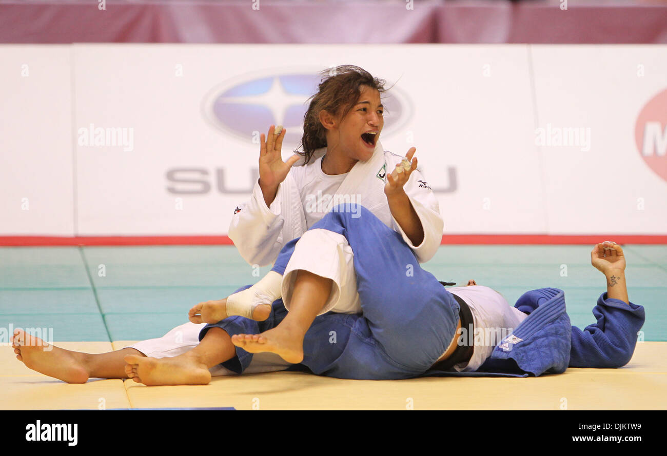 Sep 12, 2010 - Tokyo, Japan - SADAH MENEZES of Brazil reacts upon beating FREDERIGUE JOSSINET of France in a Women -48kg match during the World Judo Championships Tokyo 2010 at the Yoyogi National Gymnasium in Tokyo, Japan. Menezes came 3rd in this competition. (Credit Image: © Junko Kimura/Jana/ZUMApress.com) - Stock Image