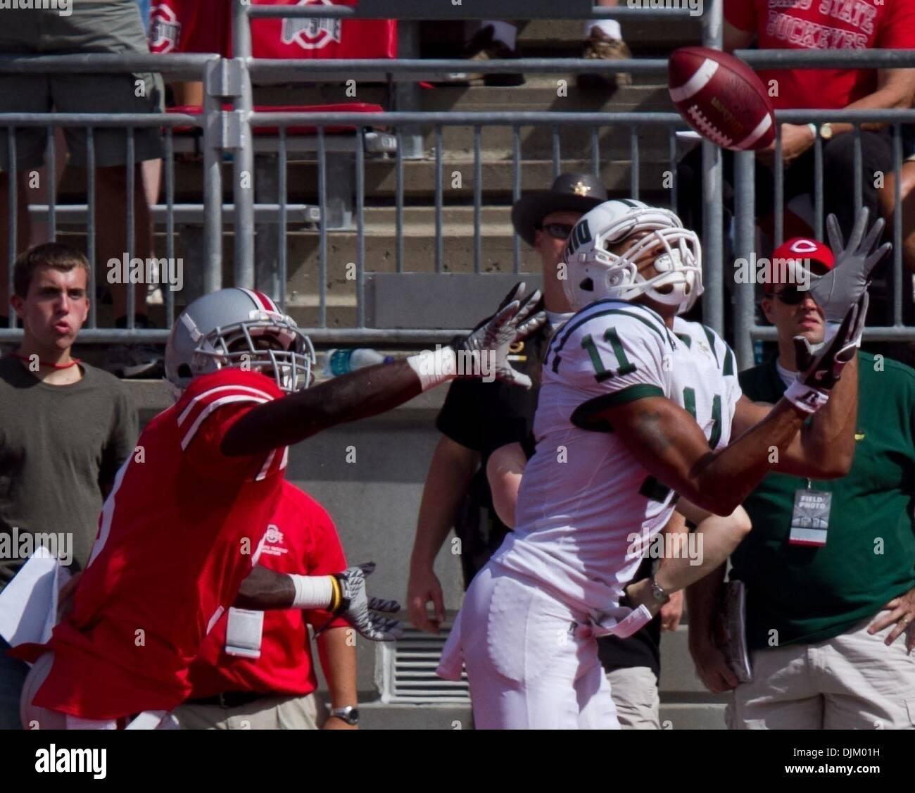 Sept 18, 2010 - Columbus, Ohio, U.S. - OSU Buckeye's destroyed OU 43-7. OU's TERRENCE MCCRAE catches a touchdown Stock Photo