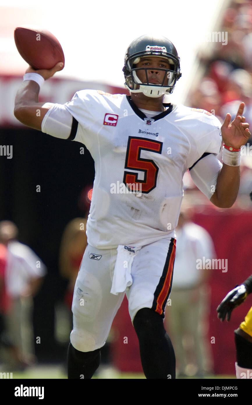 Sep. 26, 2010 - Tampa, Florida, United States of America - Tampa Bay Buccaneers quarterback Josh Freeman (5) prepares Stock Photo