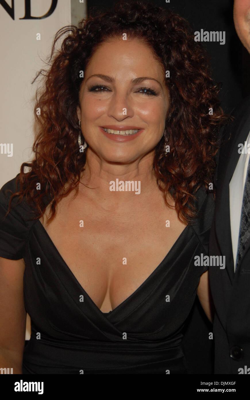 American Cuban Singer And Songwriter Stock Photos & American Cuban ...