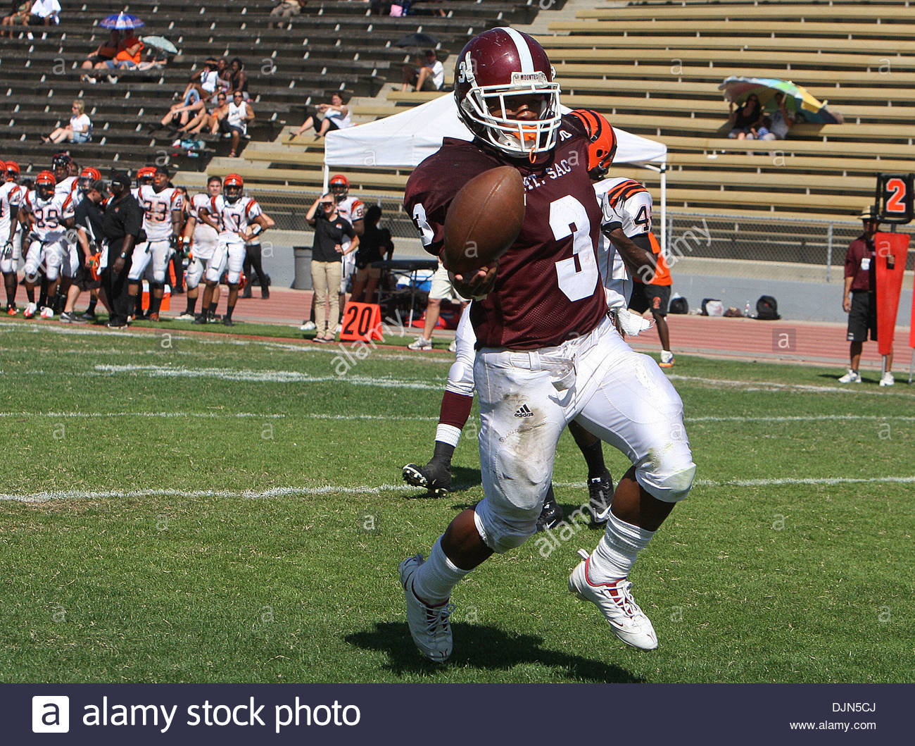 Mar. 20, 2008 - Walnut, California, U.S. - Mt Sac's Bryce McBride (3) runs for a touchdown against Riverside City College in the first quarter as Mt. SAC beat Riverside 38-10 during a football game in Hilmer Lodge Stadum at Mt. San Antonio College , September 25, 2010 in Walnut. (SGVN/Staff Photo by Keith Birmingham/SPORTS) (Credit Image: © San Gabriel Valley Tribune/ZUMApress.com) - Stock Image