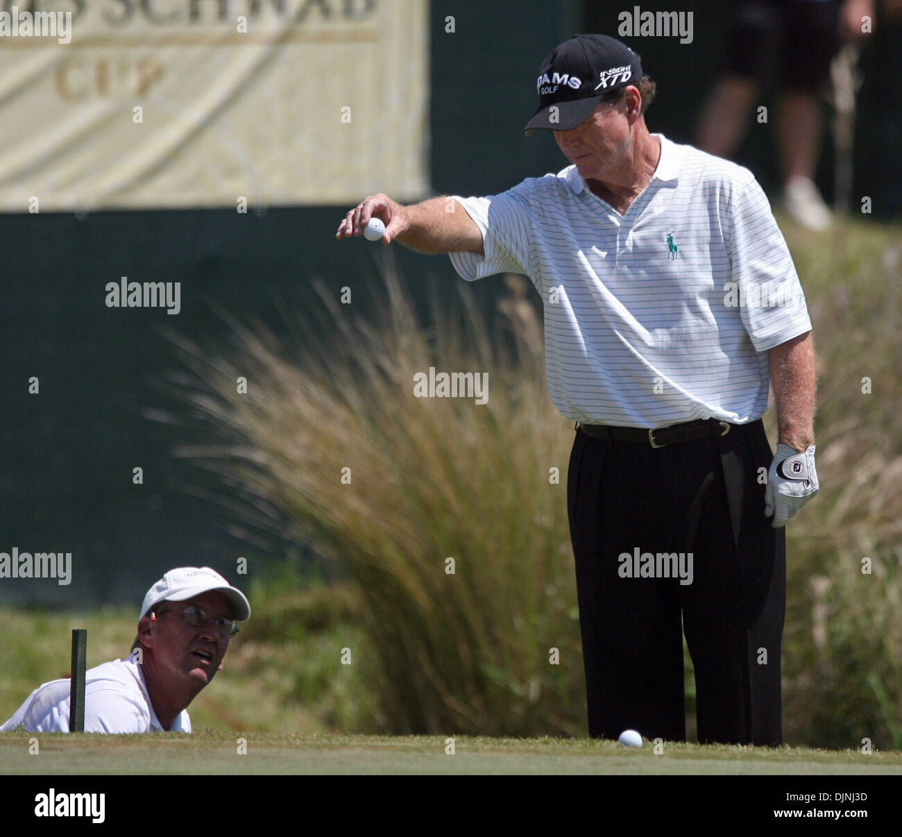 Apr 20, 2008 - Lutz, Florida, USA - TOM WATSON does the second drop ball on the 18th hole of the Outback Steakhouse Pro-Am at the TPC of Tampa Bay. (Credit Image: - Stock Image