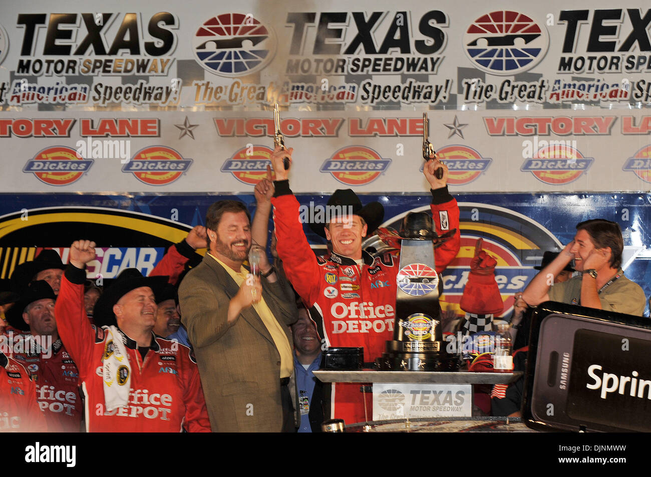 Nov 01, 2008 - Fort Worth, Texas, USA - CARL EDWARDS celebrates his win of the NASCAR Dickies 500 at the Texas Motor Speedway.