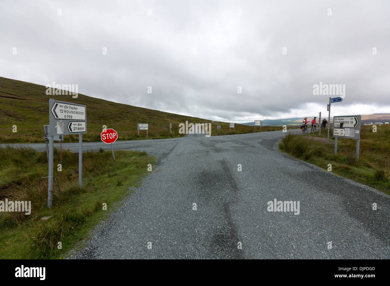 Crossroad in Wicklow Mountains National Park, Ireland. - Stock Image