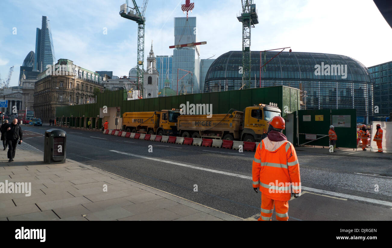 Entrance to Bloomberg Place construction site of Bloomberg Headquarters on Queen Victoria Street in the City of London England UK   KATHY DEWITT - Stock Image