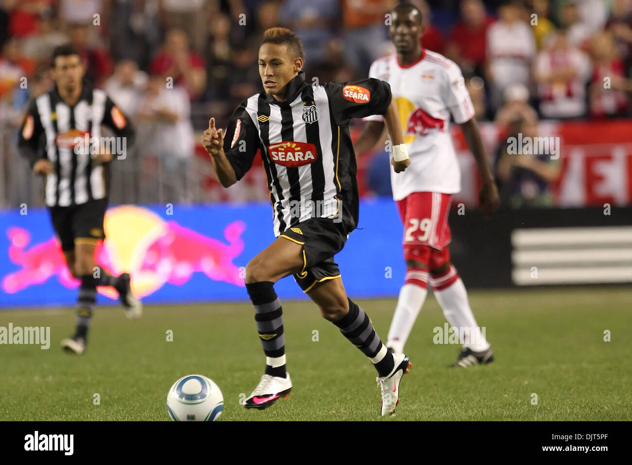 8ba7861bfae Santos F Neymar (#7). Red Bulls defeated Santos FC 3-1 in a friendly for  opening day at Red Bull Arena, Harrison, NJ.