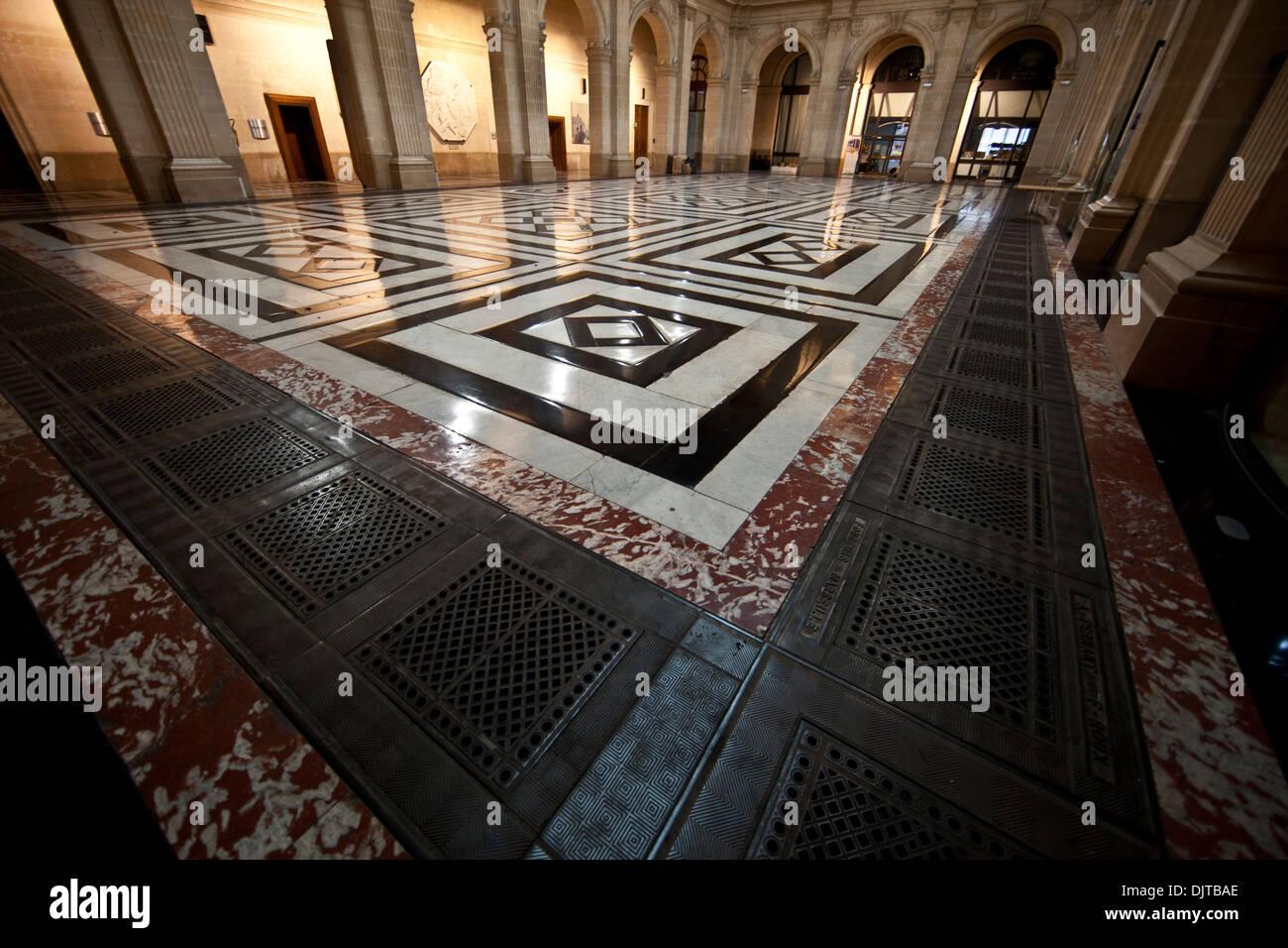 Guillaume de stock photos guillaume de stock images alamy - Chambre des commerce marseille ...