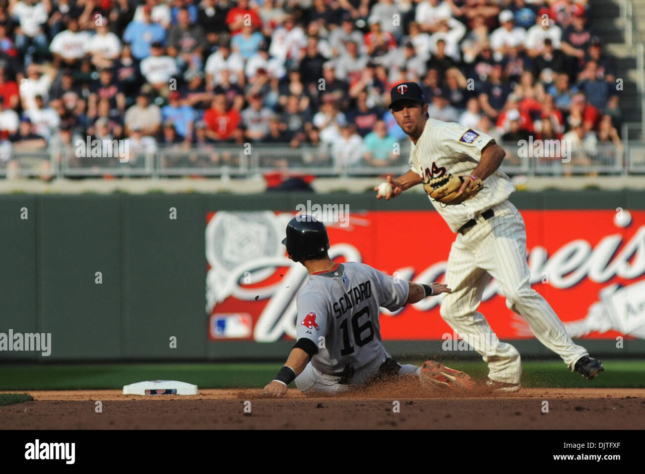 Boston Red Sox shortstop Marco Scutaro #16 slides in to 2nd base ...