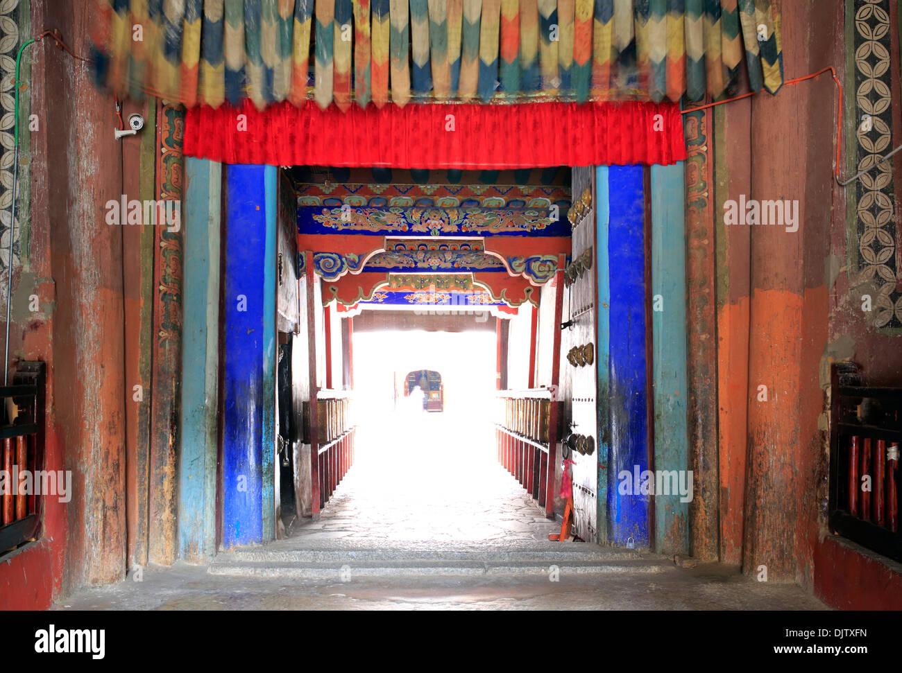 Entrance to Sakya Monastery, Shigatse Prefecture, Tibet, China - Stock Image