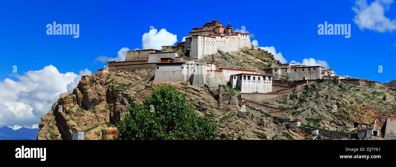 Gyantse Dzong, Gyantse County, Shigatse Prefecture, Tibet, China Stock Photo