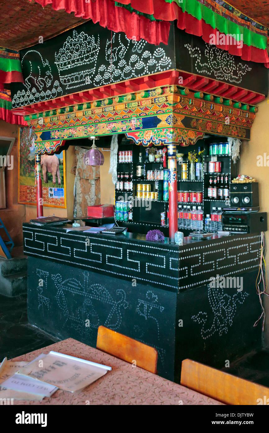 Local restaurant, Tsangpo valley, Shannan Prefecture, Tibet, China - Stock Image