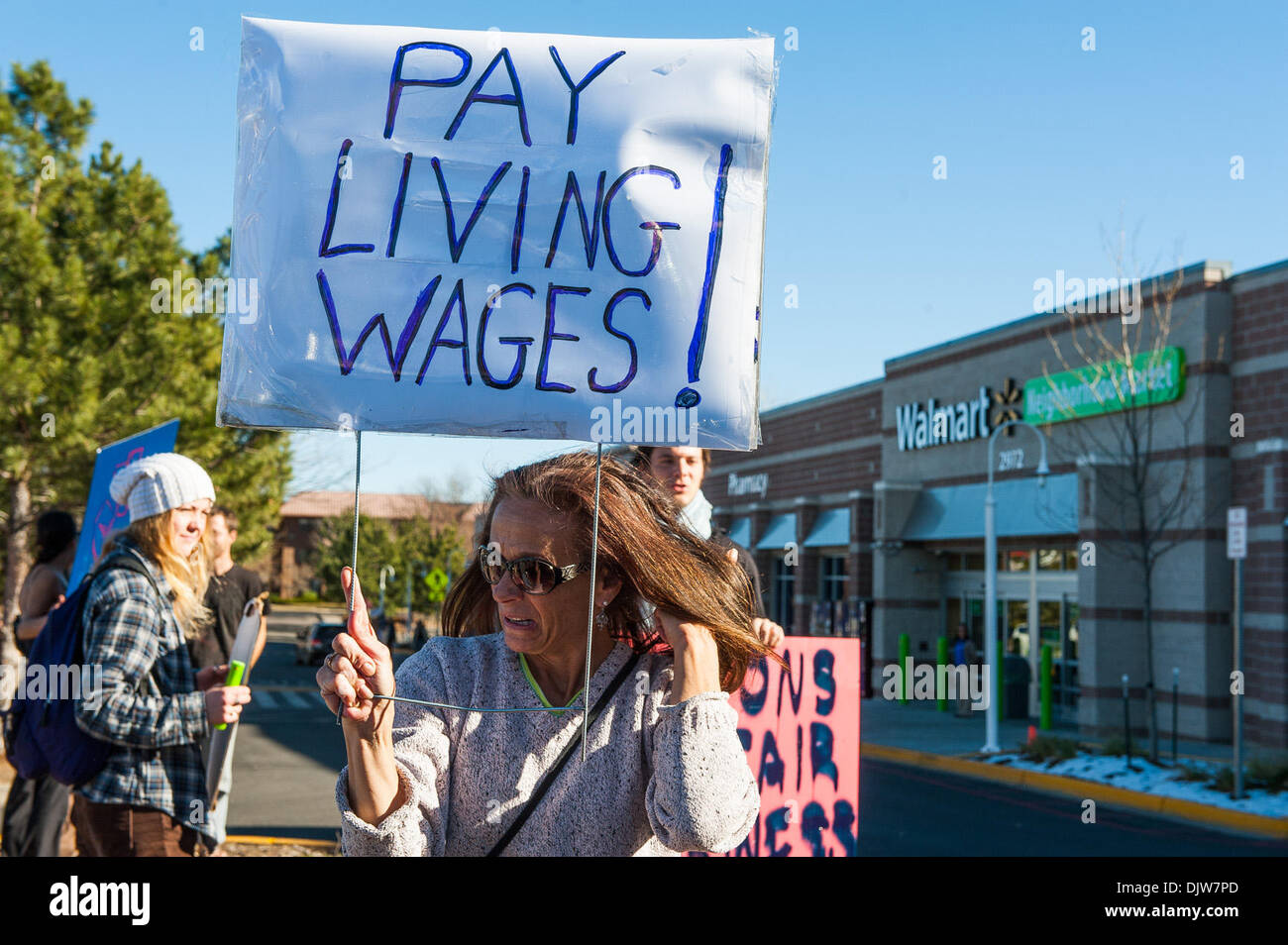 Walmart Employees Stock Photos & Walmart Employees Stock Images - Alamy