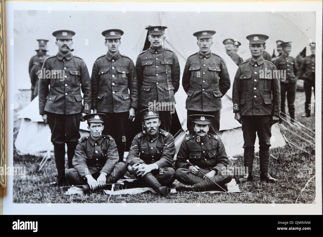 British First World War soldiers in encampment, 1st World War, 1st WW, Great War 1914-1918, history, archive archival historical imagery, WW1, England UK British Army soldier camp World War 1 - Stock Image